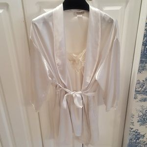 Other - White Silky Camisole & Robe